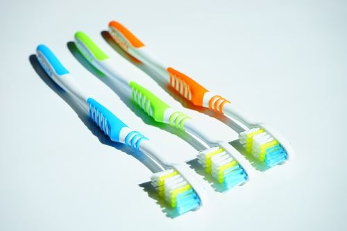no-slip grip toothbrush
